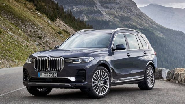 The new BMW flagship X8 SUV has been spotted at the Nürburgring