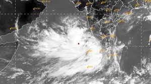 Cyclone Tauktae Can Hit Gujarat in Less Than 6 Hours Followed By The Increased Intensity of Rainfall in Mumbai