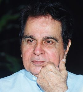 from-being-yusuf-khan-to-dilip-kumar-know-why-did-he-change-his-name
