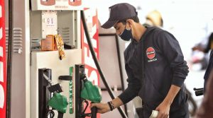 petrol-price-cross-100-in-these-cities-know-how-much-is-the-price-in-your-city