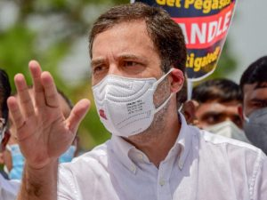 after-other-leaders-including-rahul-gandhi-why-action-on-congress-accounts-now